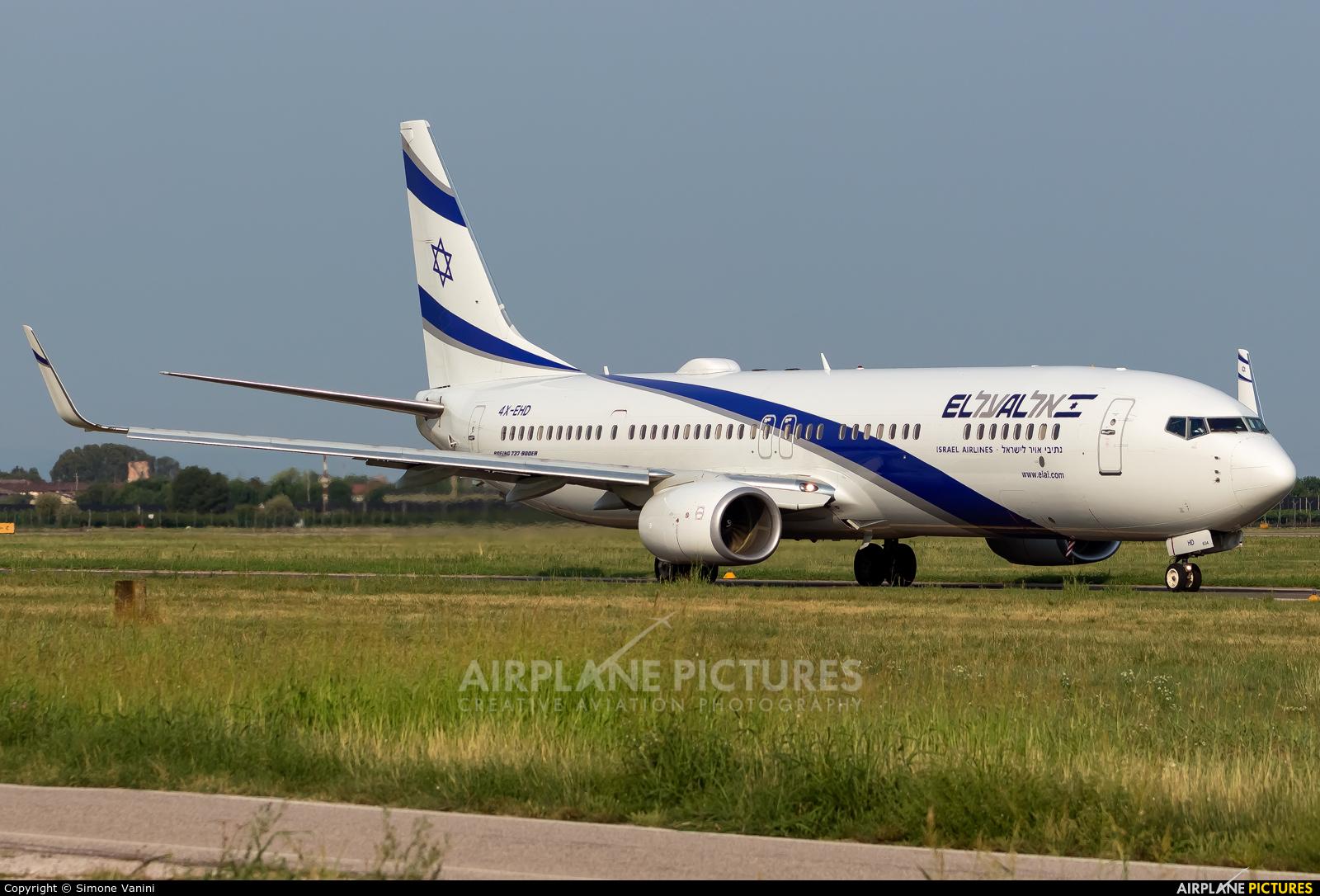 El Al Israel Airlines 4X-EHD aircraft at Verona - Villafranca
