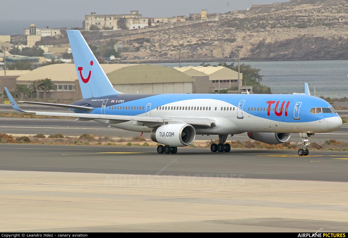 TUI Airways G-CPEV aircraft at Aeropuerto de Gran Canaria
