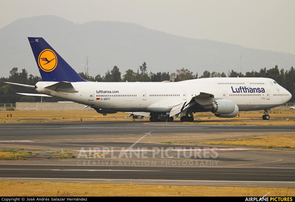 Lufthansa D-ABYC aircraft at Mexico City - Licenciado Benito Juarez Intl