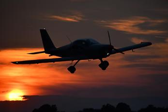 OM-M518 - Compact Skydive Tomark Aero Viper SD-4