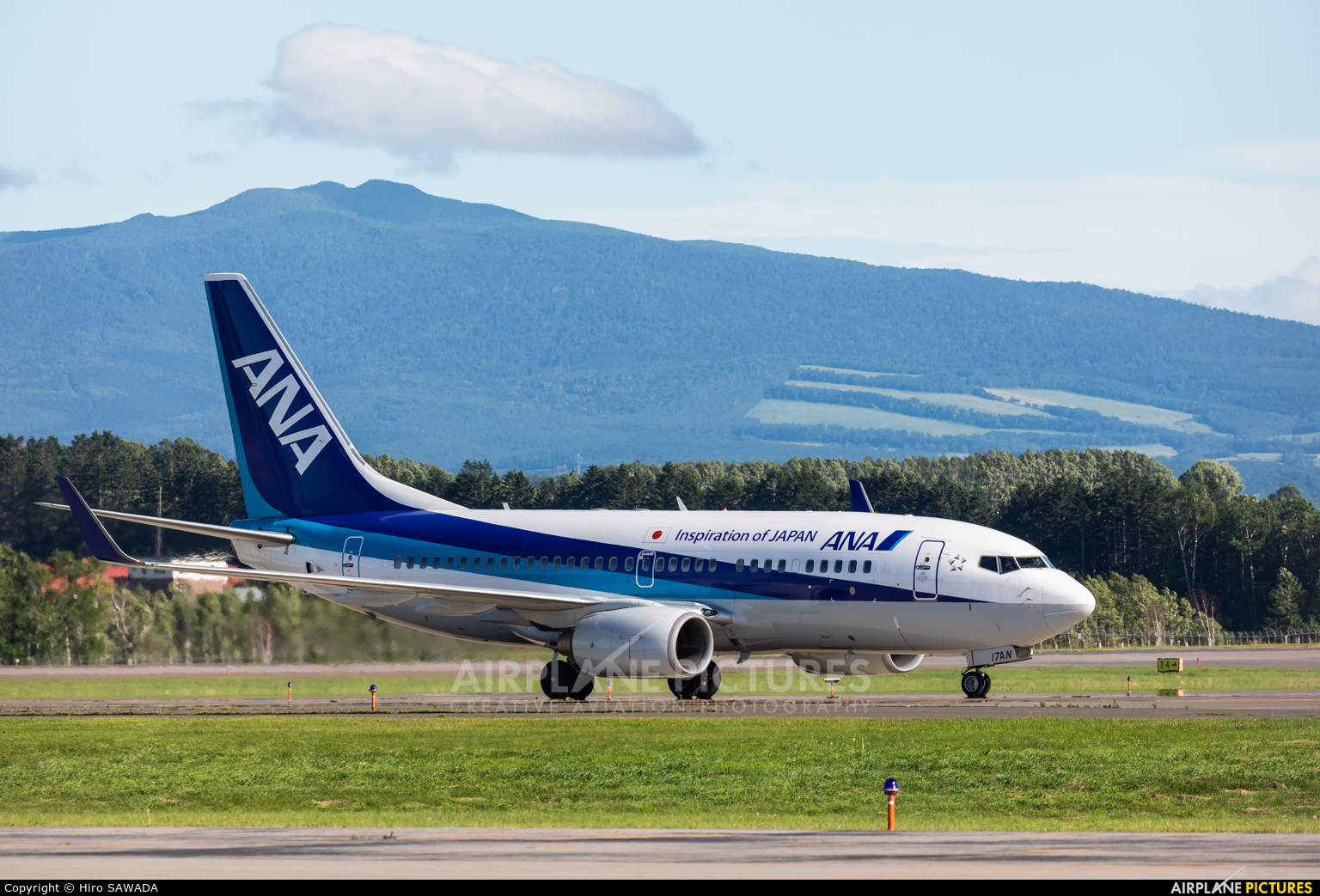 ANA - All Nippon Airways JA17AN aircraft at Memanbetsu