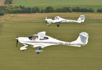 OM-SCS - Seagle Air Diamond DA 40 Diamond Star