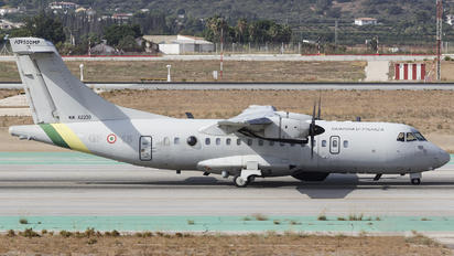 MM62230 - Italy - Guardia di Finanza ATR 42-400MP Surveyor