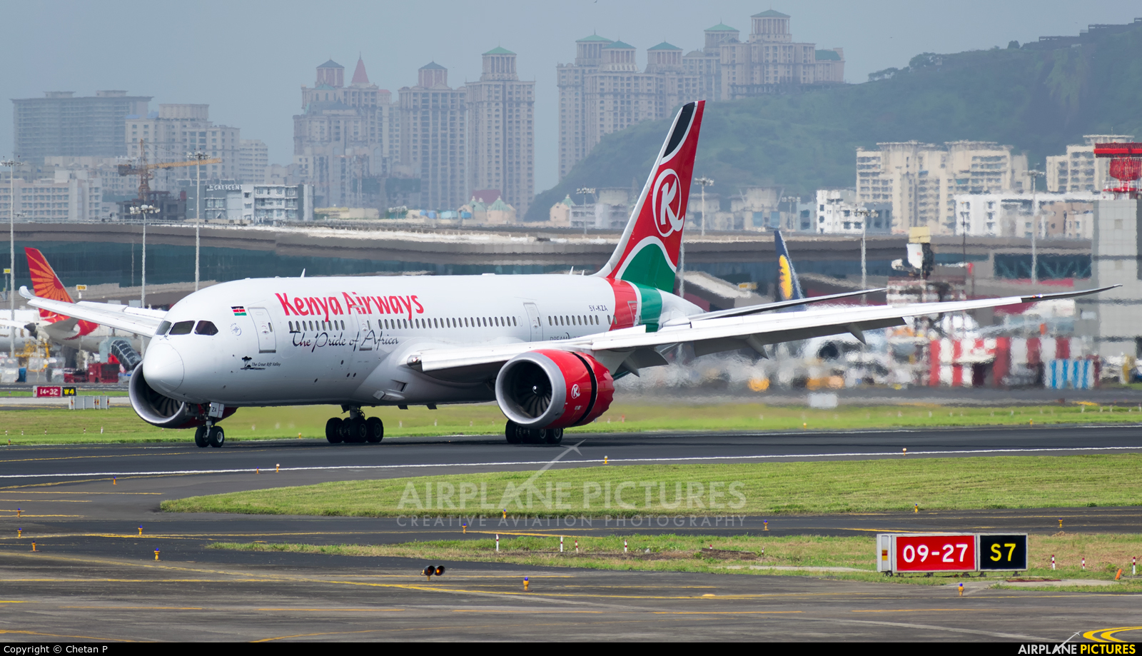 Kenya Airways 5Y-KZA aircraft at Mumbai - Chhatrapati Shivaji Intl
