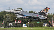 J-882 - Netherlands - Air Force General Dynamics F-16B Fighting Falcon aircraft