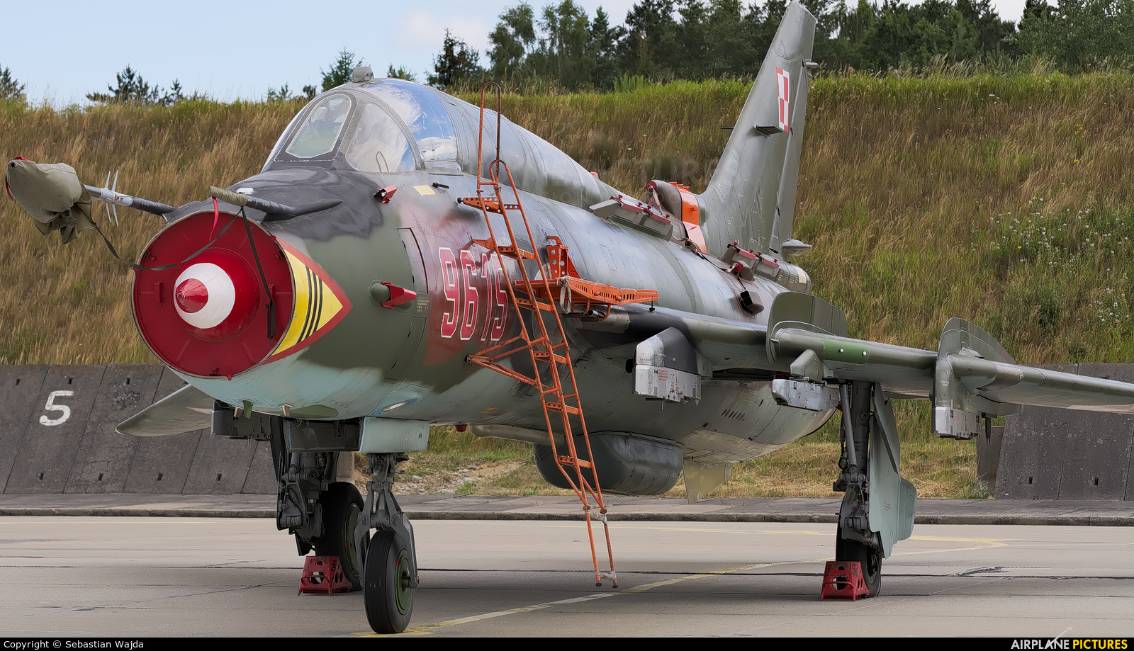 Poland - Air Force 9615 aircraft at Świdwin