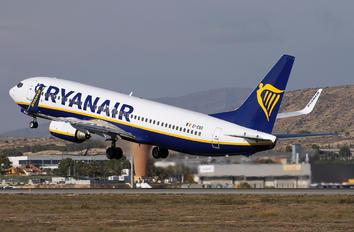 EI-EBS - Ryanair Boeing 737-800