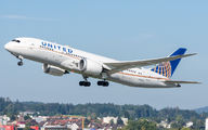N26906 - United Airlines Boeing 787-8 Dreamliner aircraft