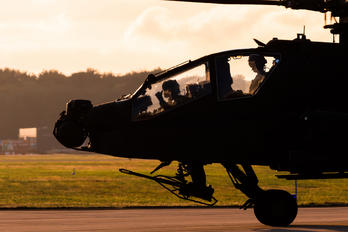 Q-16 - Netherlands - Air Force Boeing AH-64D Apache