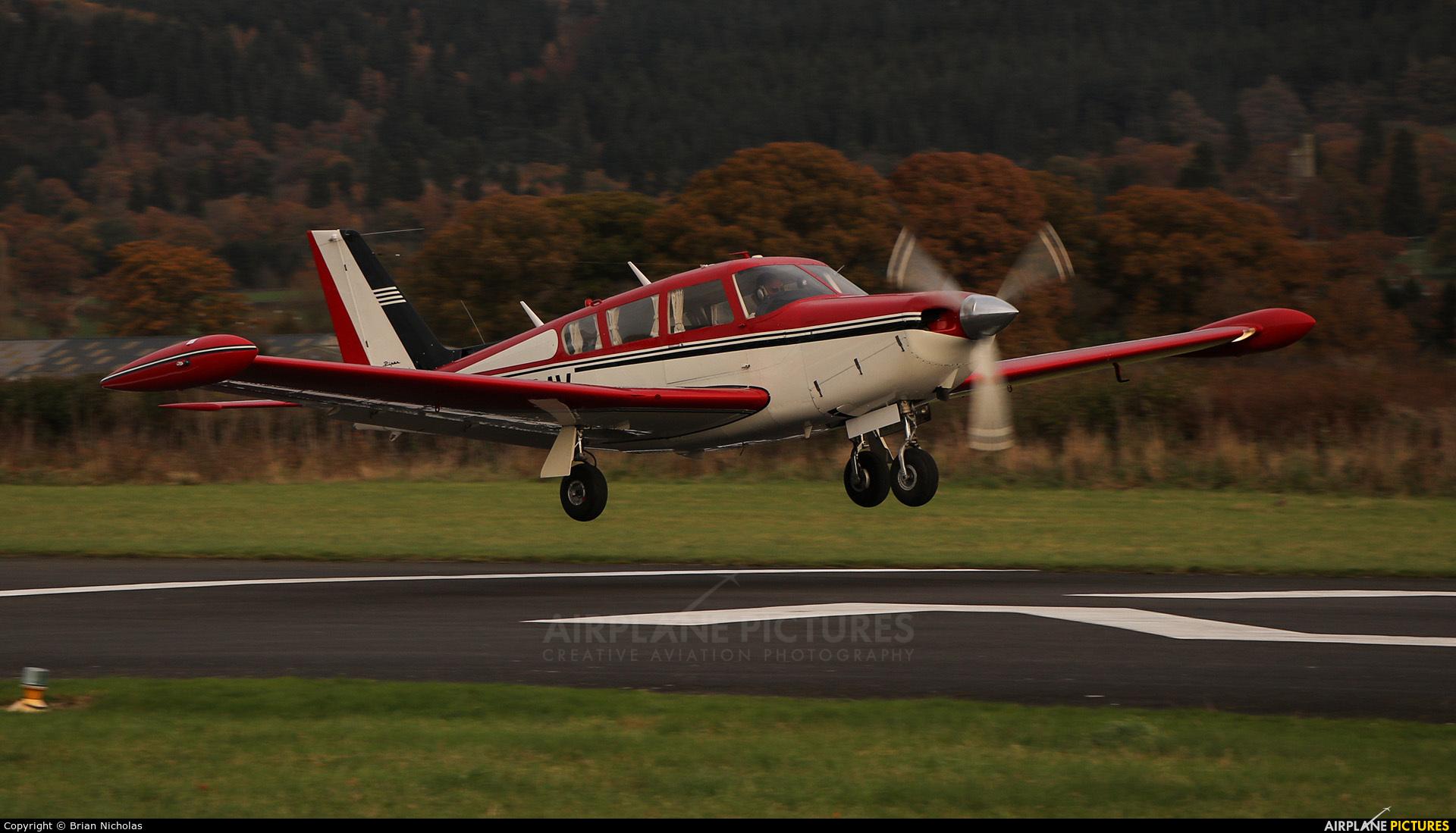Private N500AV aircraft at Welshpool