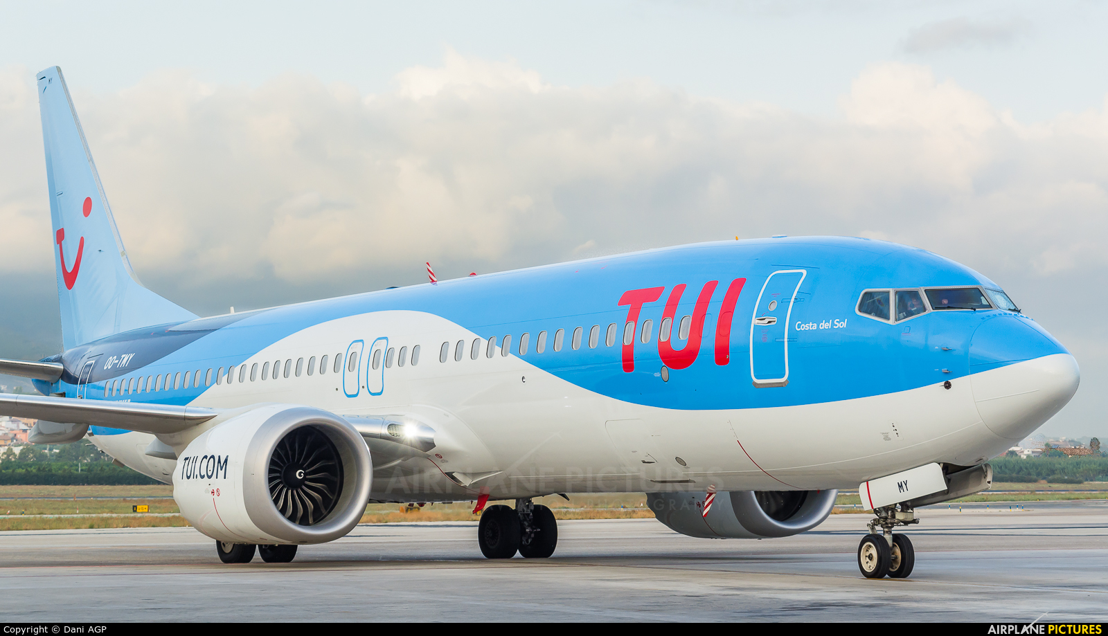 TUI Airlines Belgium OO-TMY aircraft at Málaga