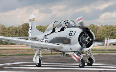 NX377WW - Private North American T-28B Trojan