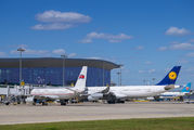 P-633 - Air Koryo - Airport Overview - Apron aircraft