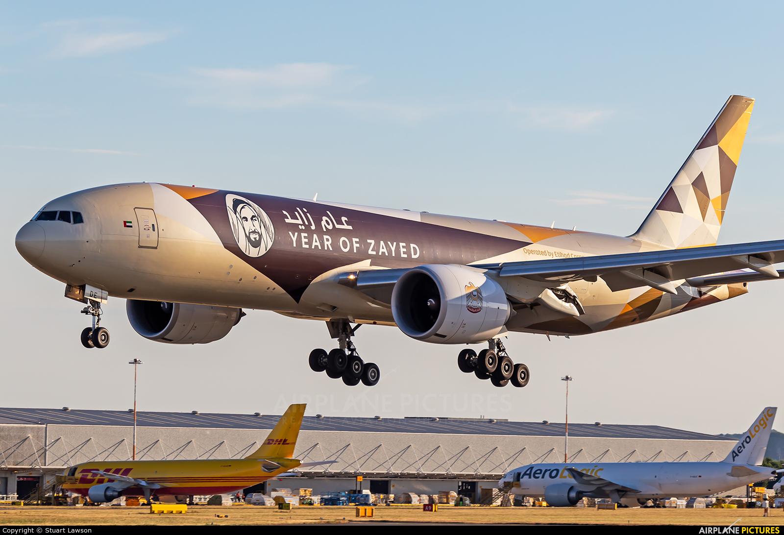 Etihad Cargo A6-DDE aircraft at East Midlands