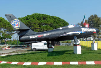MM27456 - Italy - Air Force Republic RF-84F Thunderflash