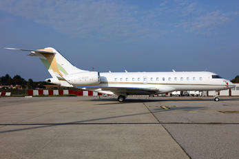 G-IRAP - Private Bombardier BD-700 Global Express XRS