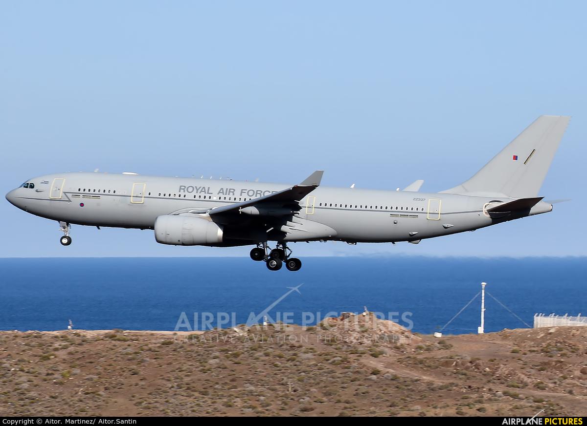 Royal Air Force ZZ337 aircraft at Aeropuerto de Gran Canaria
