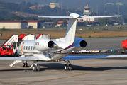 N1LA - Private Gulfstream Aerospace G-V, G-V-SP, G500, G550 aircraft