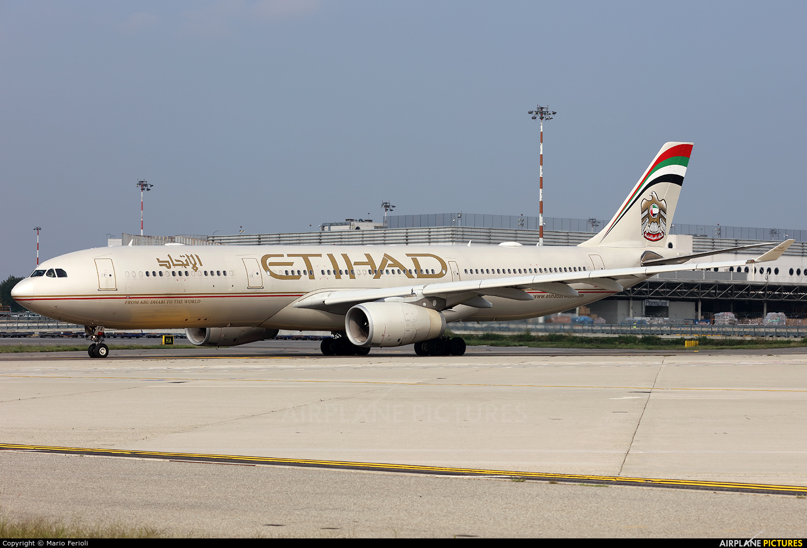 Etihad Airways A6-AFE aircraft at Milan - Malpensa