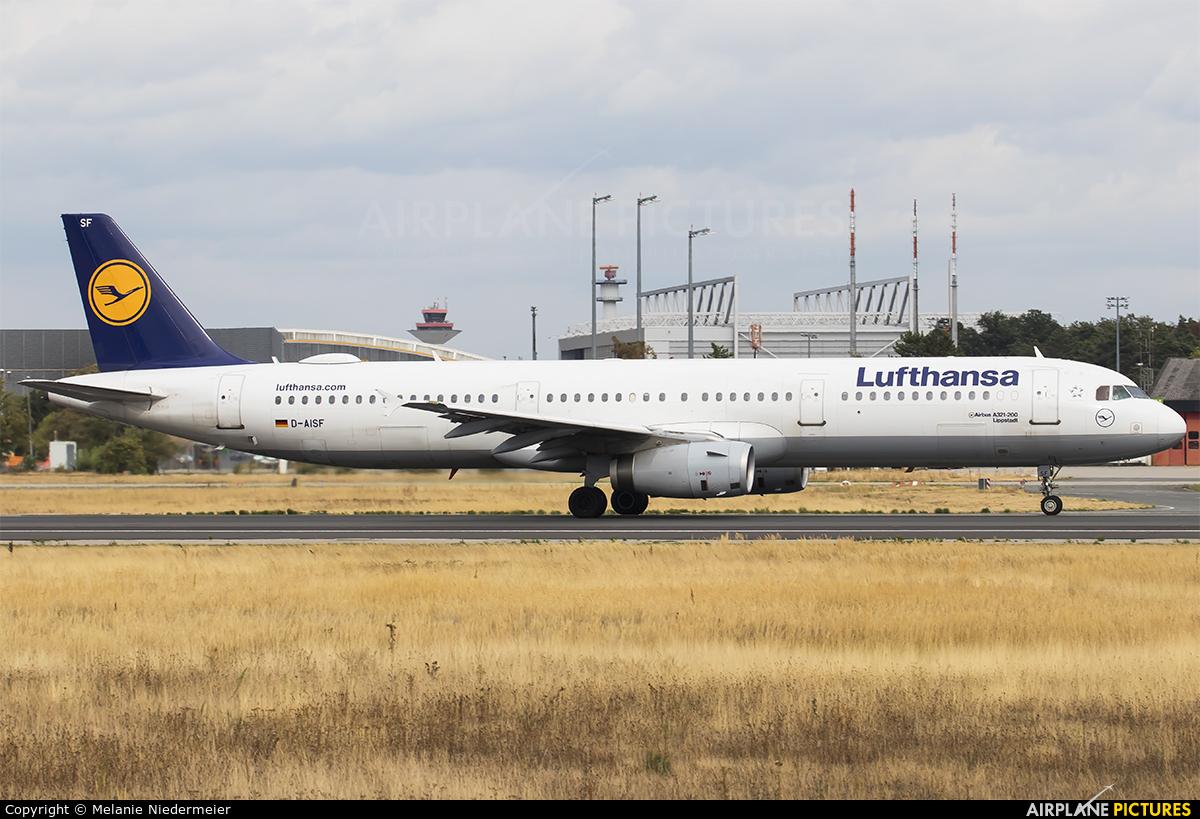 Lufthansa D-AISF aircraft at Frankfurt