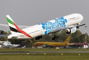 A6-ENI - Emirates Airlines Boeing 777-300ER