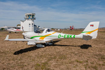 D-EBKA - Private Aquila 210