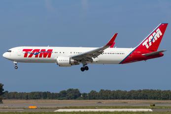PT-MOB - LATAM Boeing 767-300ER