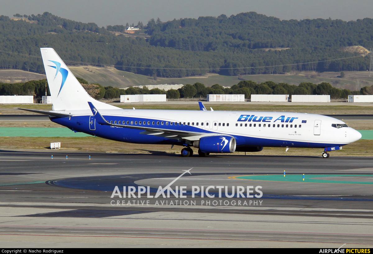 Blue Air YR-BME aircraft at Madrid - Barajas