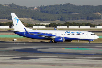 YR-BME - Blue Air Boeing 737-800
