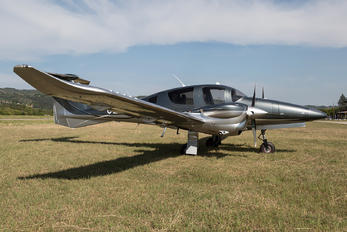 OE-FBJ - Private Diamond DA62