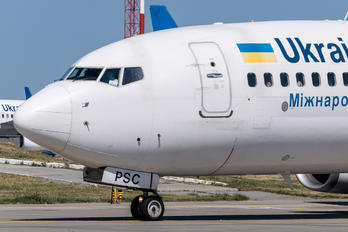 UR-PSC - Ukraine International Airlines Boeing 737-800
