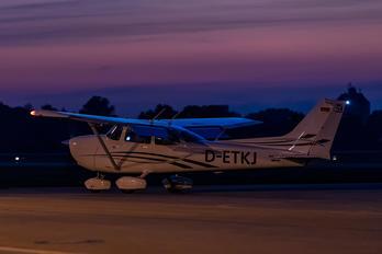D-ETKJ - Private Cessna 172 Skyhawk (all models except RG)