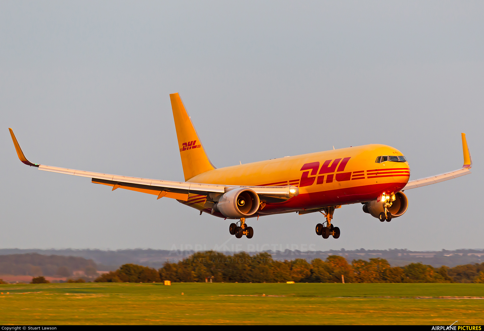 DHL Cargo G-DHLG aircraft at East Midlands