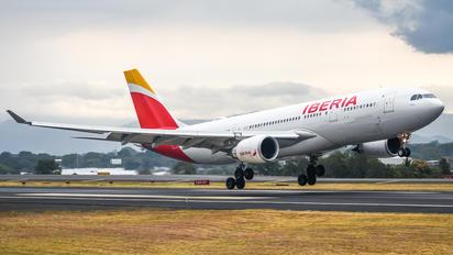 EC-MNL - Iberia Airbus A330-200