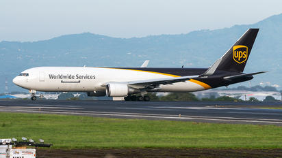 N326UP - UPS - United Parcel Service Boeing 767-300F