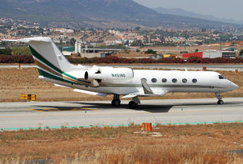 N451NS - Private Gulfstream Aerospace G-IV,  G-IV-SP, G-IV-X, G300, G350, G400, G450