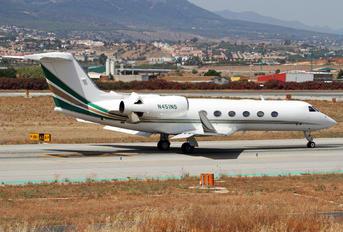 N451NS - Private Gulfstream Aerospace G-IV,  G-IV-SP, G-IV-X, G300, G350, G400, G450