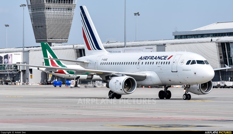 Air France F-GUGE aircraft at Warsaw - Frederic Chopin