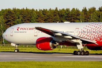 EI-UNN - Rossiya Boeing 777-300