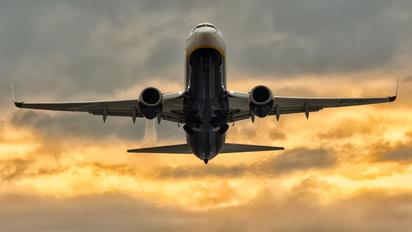 EI-FOJ - Ryanair Boeing 737-800