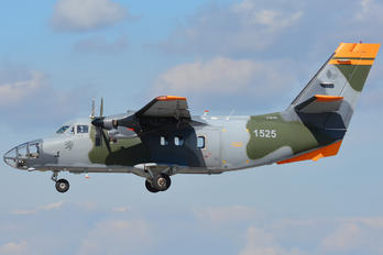 1525 - Czech - Air Force LET L-410FG Turbolet