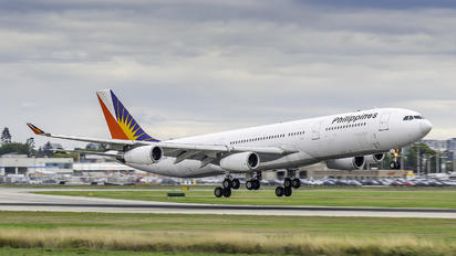 RP-C3435 - Philippines Airlines Airbus A340-300