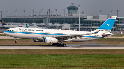 9K-APA - Kuwait Airways Airbus A330-200