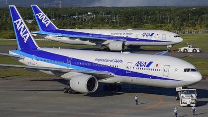 JA710A - ANA - All Nippon Airways Boeing 777-200