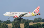 EC-MUT - Volotea Airlines Airbus A319 aircraft