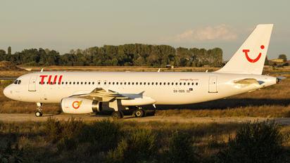 SX-ODS - TUI Airlines Belgium Airbus A320