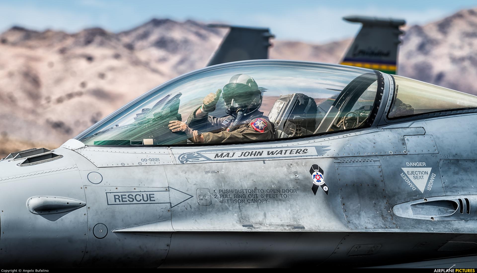 USA - Air Force 00-0221 aircraft at Reno - Tahoe