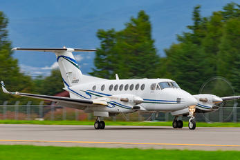JA02EP - Seiko Epson Corporation Beechcraft 300 King Air 350