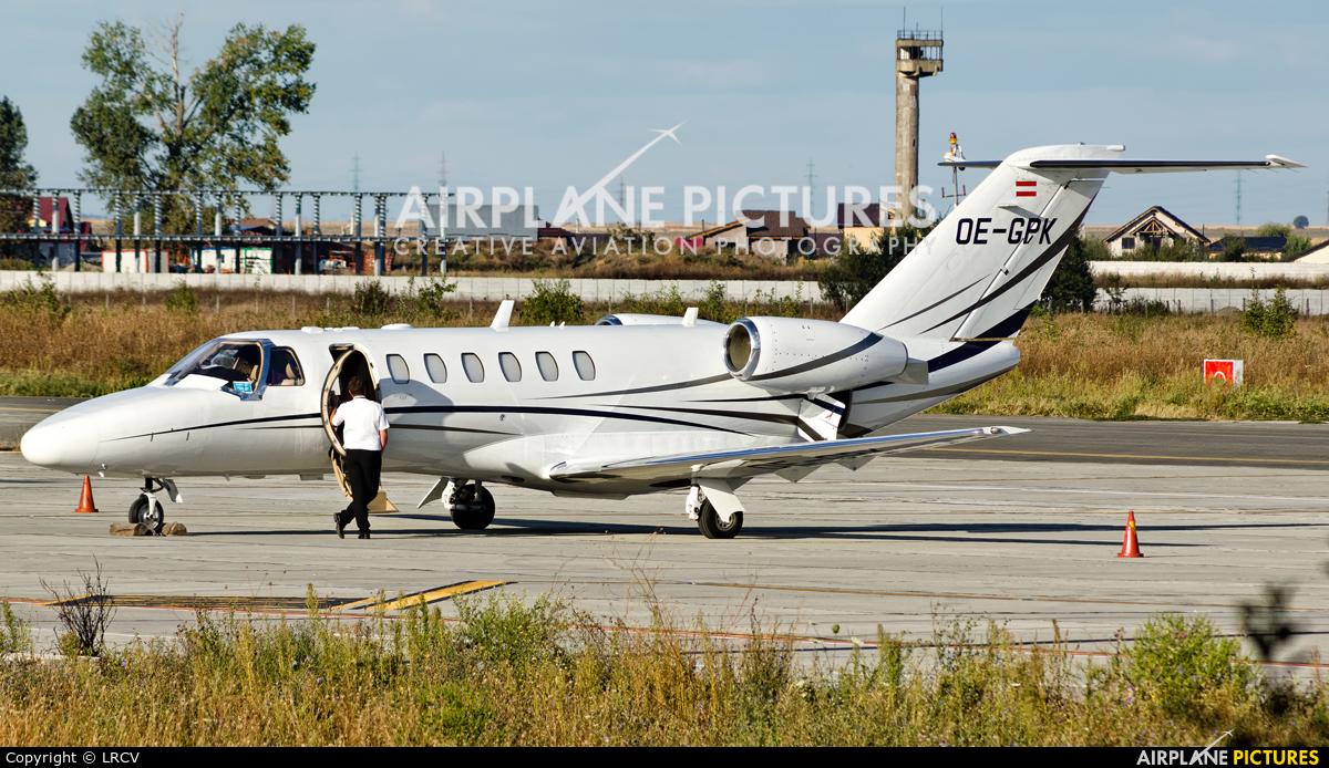 Private OE-GPK aircraft at Craiova