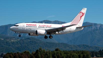TS-IOM - Tunisair Boeing 737-600